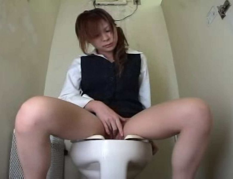 わざわざ洗面所にいってオナニーするOL..2 おまんこ無修正  55画像