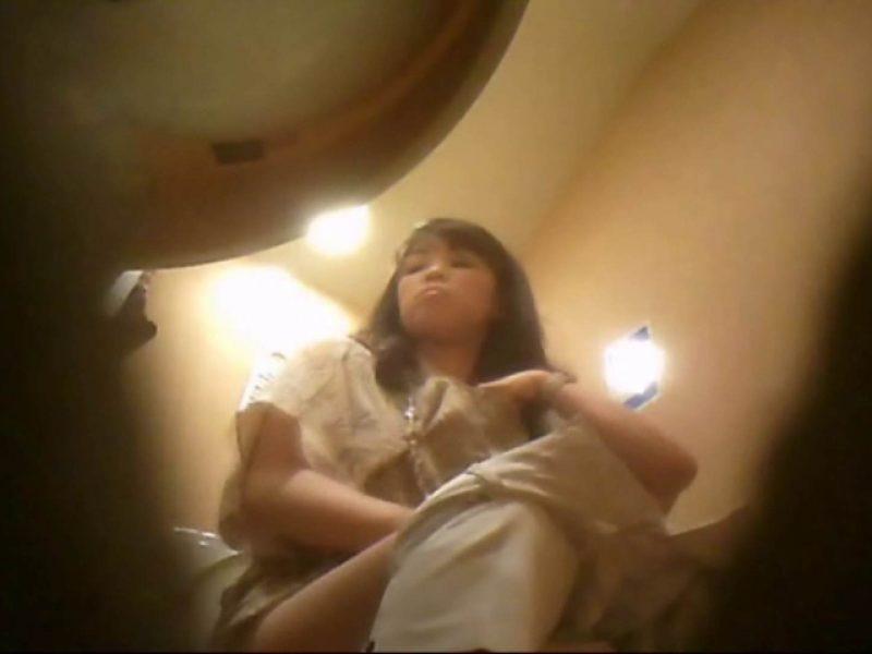 潜入!!女子化粧室盗撮~絶対見られたくない時間~vo,108 お姉さんヌード  68画像