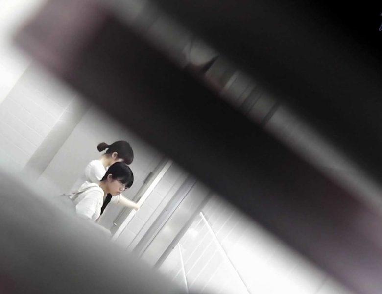 お銀さんの洗面所突入レポート!!vol.72 あのかわいい子がついフロント撮り実演 OLセックス  75画像