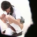 M字開脚制服女子を真下から盗撮! 盗撮  109画像