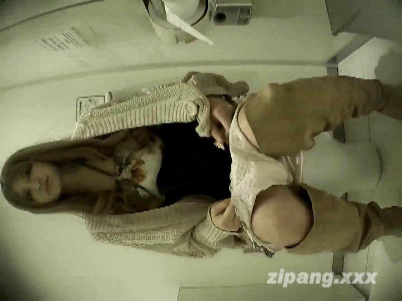 極上ショップ店員トイレ盗撮 ムーさんの プレミアム化粧室vol.1 OLセックス  79画像