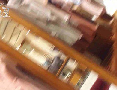 vol.55 美人アパレル胸チラ&パンチラ モリマン店員さん チラ  69画像